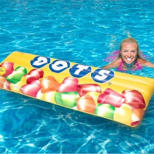 dots-candy-pool-float-3