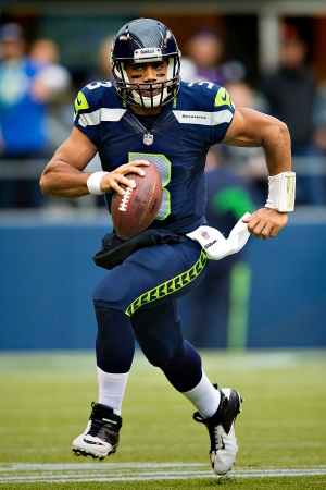 Russell_Wilson_vs_Vikings,_November_4,_2012