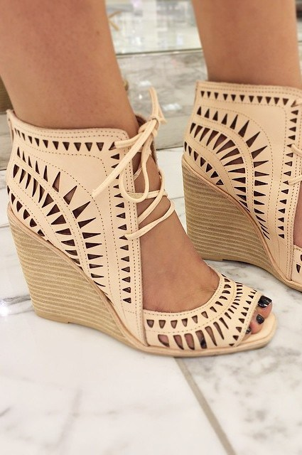 Jeffrey-Campbell-Rodillo-Wedges-21-e1434586215315
