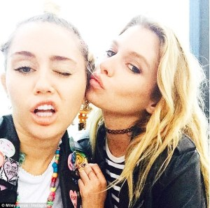 miley-cyrus-with-her-rumored-gay-lover-stella-maxwell